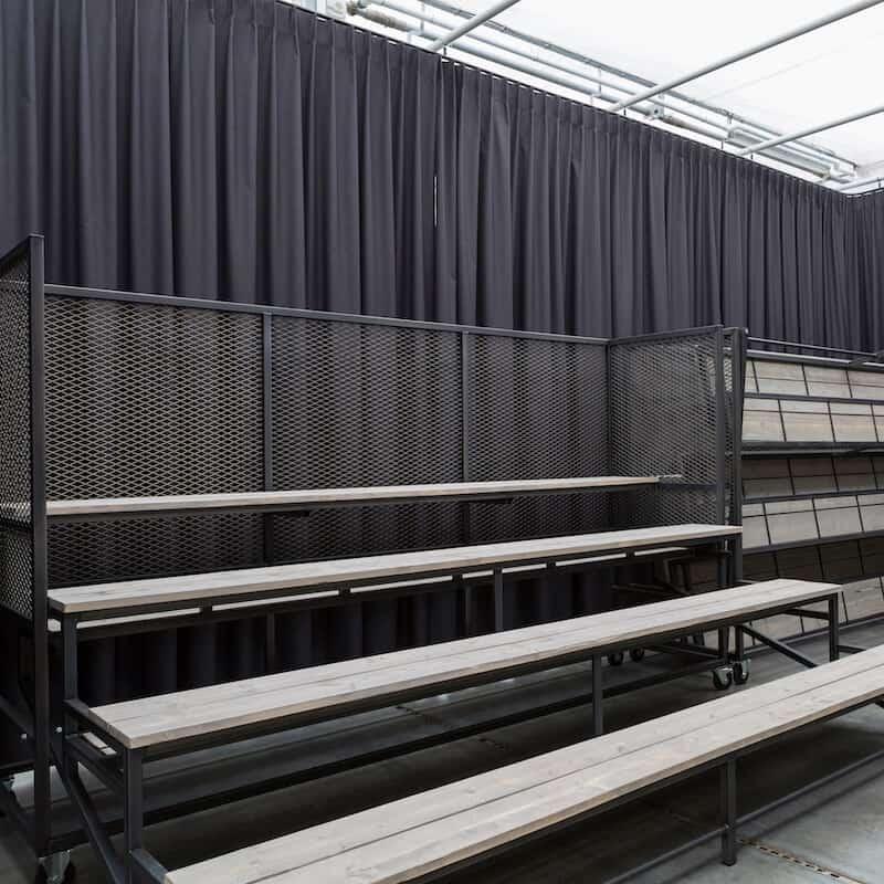 Inklapbare mobiele zitplaatsen huren Buitelaar Verhuurt